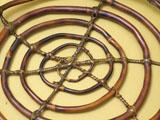 渦巻き状の底 表